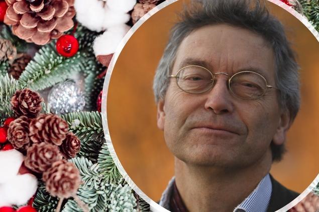 Iver B. Neumann in Christmas surroundings