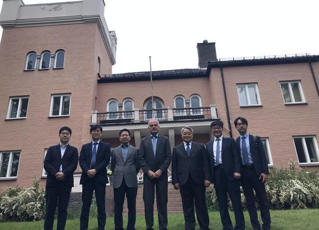 KMI and KOPRI visited FNI on 11 June.